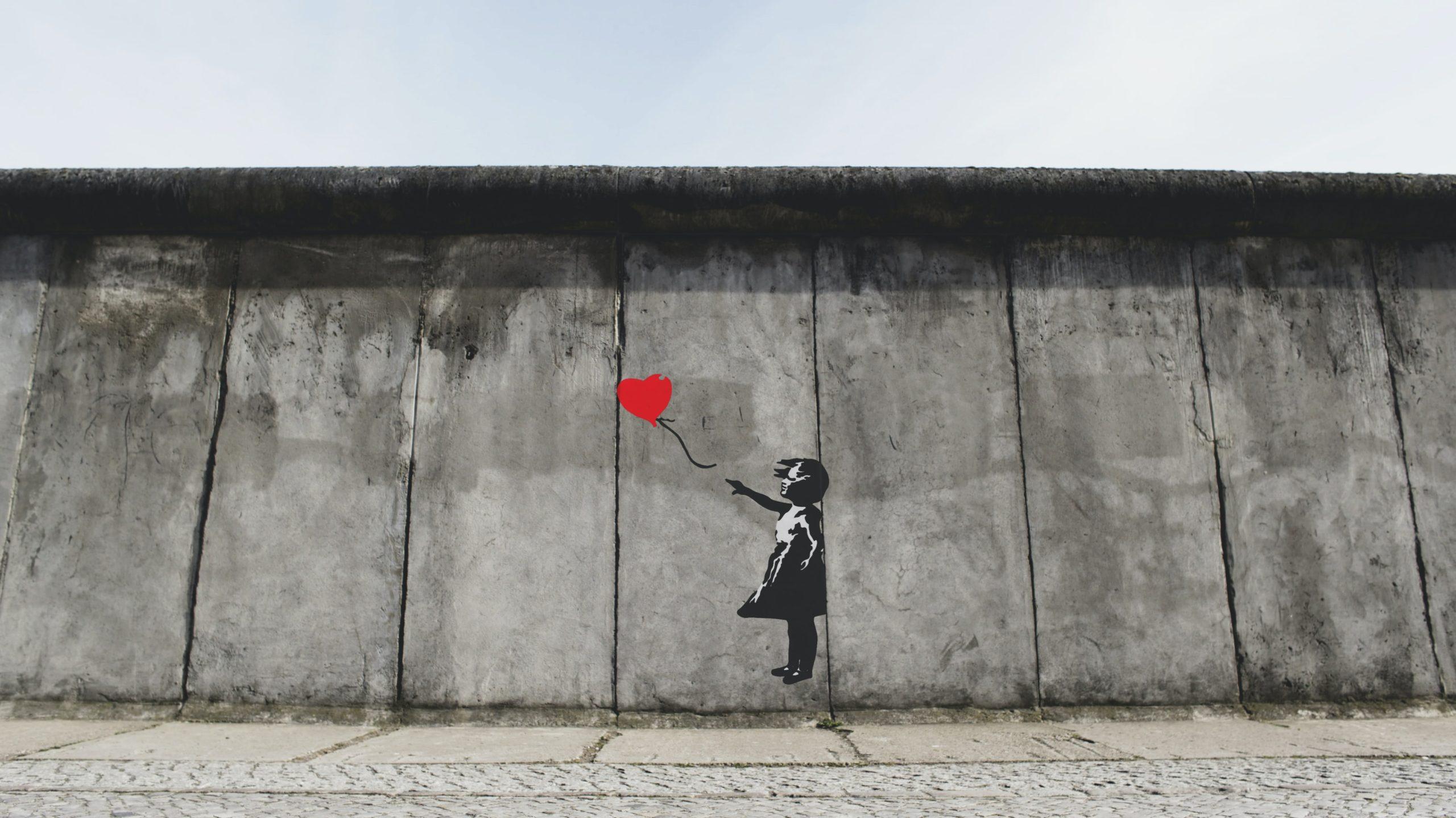 Viaja Desde Tu Casa Con Los Sonidos: La Caída Del Muro – Una Luz Para La Humanidad